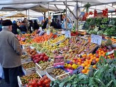 Image result for il mercato orientale genova Food Bulletin Boards, Oriental, Fresh Market, Slow Food, Italian Recipes, Pumpkin, Italy, Diet, Vegetables
