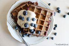 Blauwe bessen wafels met 5 ingrediënten  Lekker Moederdag ontbijt | It's a Food Life