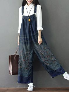 Amazing Loose Women Embroidery Strap Pockets Denim Jumpsuits on Newchic, there is always a plus size jumpsuits and rompers that suits you! Denim Romper, Denim Jumpsuit, Denim Overalls, Dungarees, Trousers, Fashion Pants, Look Fashion, Fashion Outfits, Kimono Fashion