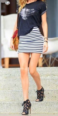 Best 101 Style Tips To Wear A Striped Outfits https://fazhion.co/2017/05/23/101-style-tips-wear-striped-outfits/ You probably have one in your closet, therefore it's time to create the the majority of it.