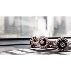 City Sparkle. #hagaitoper #diamondinadiamond #blackdiamonds #diamond #dtla #LA #sparkle #jewelry #fashion #chic #glamour #love #oneofakind #1oak #jewels