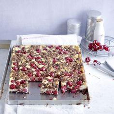 Schokoladen-Kirsch-Streuselkuchen