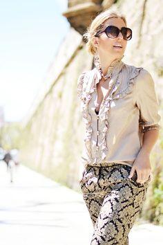 El estilo barroco aporta elegancia y solemnidad a nuestros outfits. ¡Aquí tenéis una idea de cómo combinarlo!