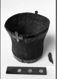 Viking wooden bucket. Vestfold, Norway (Kulturhistorisk museum)