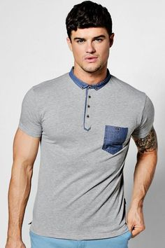 boohoo Short Sleeve Polo with Chambray Collar Polo Shirt Style, Polo T Shirts, Mens Dress Outfits, Mom Outfits, Camisa Polo, Polo Fashion, Mens Fashion, Casual Wear For Men, Latest T Shirt