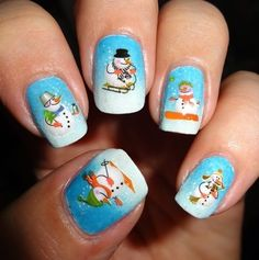 Sparkly Nails - Snowmen Water Decals #christmas #nailart #holidaynails #winternails -bellashoot.com