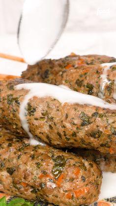 Check out the Kafta recipe - Diyn wood working ideas - Kebab Recipes, Beef Recipes, Chicken Recipes, Cooking Recipes, Healthy Recipes, Lebanese Recipes, Turkish Recipes, Food Porn, Comida Keto