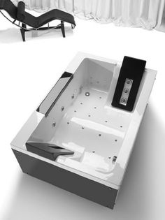TwoSpace is an ultra modern bathtub design, perfect to use for two people. With high tech panel in bathtub side provide more control and also looks ergonomic in Jacuzzi Bathtub, Jetted Tub, Whirlpool Bathtub, Bathtubs, Bathtub Ideas, Double Bathtub, Bath Tub For Two, Two Person Bathtub, Modern Bathtub