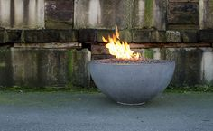 4 Humorous Tips AND Tricks: Fire Pit Decor Cinder Blocks fire pit cover hot tubs.Unique Fire Pit Home fire pit furniture awesome. Easy Fire Pit, Small Fire Pit, Modern Fire Pit, Cool Fire Pits, Fire Pit Wall, Fire Pit Decor, Fire Pit Ring, Fire Pit Chairs, Fire Pit Seating