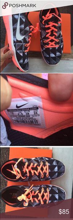 Nike women's lava flow shoes Sz 7 new Nike women's lava flow shoes Sz 7 new 100% authentic item#blsw4 Nike Shoes