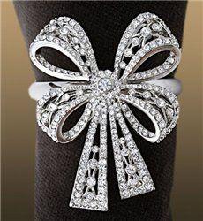 Какие драгоценности дарить женщинам. Серьги, браслеты, кольца, ожерелья. Описание драгоценных камней / Журнал