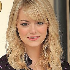 Haircut styles for round face emma stone 26 Ideas Medium Lenght Hair With Layers emma face Haircut Ideas stone Styles Medium Long Hair, Long Layered Hair, Medium Hair Styles, Short Hair Styles, Medium Length Hair With Layers And Side Bangs, Face Shape Hairstyles, Round Face Haircuts, Hairstyles With Bangs, Hairdo For Long Hair