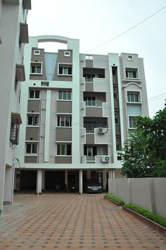 Special offer Rs 800 including breakfast and free WiFi connection at Himalaya Inn Service Apartments, Kolkata. For details http://www.himalayainn.in  #hotels #kolkata