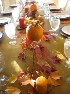 All things thanksgiving tips and links. How to set a formal table, decorating ideas, kids coloring activities, etc #thanksgiving #decor #tablescape skiptomylou.org