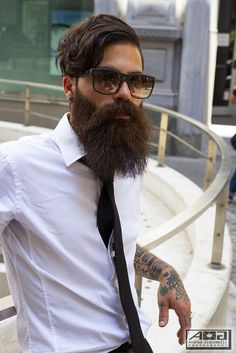 Latest Beard Styles For Men To Try In However, we all have to admit that facial hair requires a bit more than minimal care unlike the rest of men's fashions which are easier than the women's. Latest Beard Styles, Beard Styles For Men, Hair And Beard Styles, Beard Game, Epic Beard, Great Beards, Awesome Beards, Moustaches, Hipsters