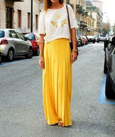 yellow maxi pleated skirt (Milan street style)