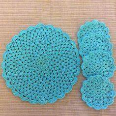 Individual Tejido Al Crochet Con 4 Posavasos - $ 185,00 en Mercado Libre