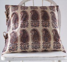 Therese Euro Pillow