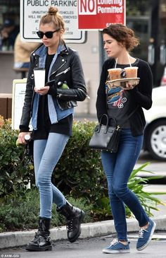 Where's K-Stew?Twice last week Stella was spotted at the same L.A. hotspot grabbing coffee and juice with her rumoured girlfriend Kristen Stewart
