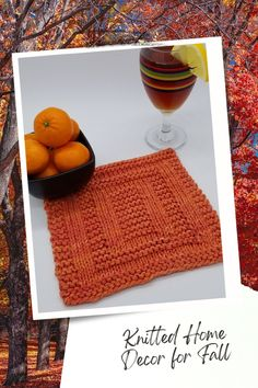 Knit So Easy quick & easy patterns = effortlessly cozy knitting. #KnittingPatterns #FallCrafts #Handknits Fall Home Decor, Autumn Home, Knitting Projects, Knitting Patterns, Fall Knitting, Fall Crafts, Alcoholic Drinks, Thanksgiving, Easy Patterns