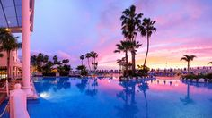 Tenerife is usually divided into two large areas: the north and the south. The north zone, although it has good climate almost all the year is rainy, it