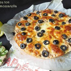 Reteta Tarta cu ton si mozzarella Mozzarella, Quiche, Cobbler, Camembert Cheese, Breakfast, Recipes, Food, Calendar, Pies