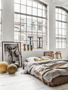 Couleur Locale - via Coco Lapine Design / big windows / bed on the floor / art Home Interior, Interior Architecture, Bohemian Interior, Design Interior, Luxury Interior, Color Interior, Interior Styling, Business Architecture, Futuristic Interior