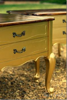Dresser Turned Kitchen Island for My Sis from Twice Lovely Silver Furniture, Paint Furniture, Furniture Projects, Furniture Makeover, Table Flip, Repurposed Furniture, Diy Painting, Metallic Gold, Metallic Paint