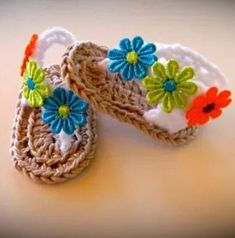 34 Ideas For Knitting Patterns Free Baby Headbands Yarns Crochet Baby Boots, Crochet Baby Sandals, Baby Girl Crochet, Crochet Baby Clothes, Crochet For Boys, Baby Girl Sandals, Baby Booties, Baby Shoes, Baby Slippers