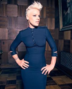 pink the singer pictures Pink Now every time I hear a curse word in one of my songs it s Divas, Alecia Moore, Beth Moore, Actrices Hollywood, Female Singers, Pink Fashion, Pixies, Girl Crushes, My Idol