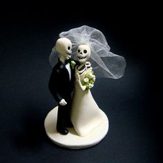 i carry your heart - Cake Topper by JTNee on Etsy