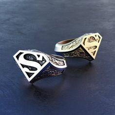Superman ring Marvel ring Superhero Cosplay Justice league Man of steel Custom ring Jewelry Silver ring Gold ring Gift for him Men ring Hero - women gold rings Cute Jewelry, Jewelry Rings, Silver Jewelry, Superman Ring, Novelty Gifts For Men, Sakura Card Captor, Superhero Cosplay, Accesorios Casual, Man Of Steel