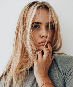 Hair Care Tips That You Shouldn't Pass Up. If you don't like your hair, you are not alone. Hair Inspo, Hair Inspiration, Character Inspiration, Tumbrl Girls, Balayage Blond, Hair Day, Gorgeous Hair, Gorgeous Blonde, Pretty Hairstyles