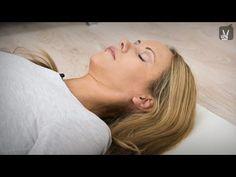 Yoga Körperreise: Entspannung und Anti-Stress-Workout - YouTube