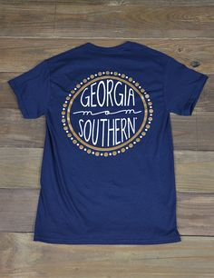 Hey Georgia Southern Mom! Show your love and support for your Eagle in this new GSU mom t-shirt! GO Eagles!