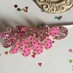 Beautiful pink floral clip  #clips #hairaccessories #accesories #pink