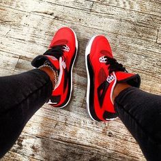 2014 cheap nike shoes for sale info collection off big discount.New nike roshe run,lebron james shoes,authentic jordans and nike foamposites 2014 online. Nike Air Shoes, Nike Shoes Outlet, Adidas Shoes, Jordan Shoes Girls, Girls Shoes, Jordans Girls, Michael Jordan Shoes, Shoes Women, Sneakers Fashion