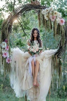 a grapevine wreath with pink flowers as a swing for the bride . - Hochzeit im Freien - Flowers Forest Wedding, Boho Wedding, Wedding Ceremony, Wedding Flowers, Dream Wedding, Wedding Swing, Bride Flowers, Trendy Wedding, Wedding Country