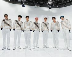 Pentagon Members, U Kiss, Fandom, Girls Generation, Handsome Boys, Picture Video, Boy Or Girl, Ball Gowns, Pants