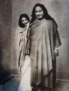 Anandmayi Ma with Swami Yoganand