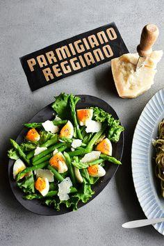 パルミジャーノ・レッジャーノとゆで卵の簡単グリーンサラダ|レシピブログ