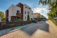 Vila PREMIUM - OTOPENI ( 23 August ). 23 August, Local Real Estate, Buy And Sell, Mansions, House Styles, Home Decor, Houses, Mansion Houses, Homemade Home Decor