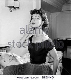 american-film-star-rita-gam-speaks-to-reporters-in-london-august-1952-b52kkd.jpg (300×337)