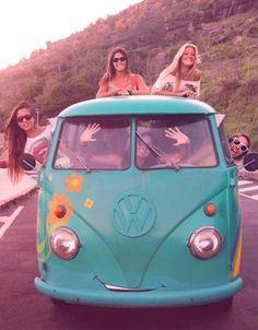 Road trip without a destination in a vw bus. Volkswagen Transporter, Volkswagen Bus, Vw Camper, Vw Caravan, Vw T1, Hippie Style, Hippie Love, Hippie Vibes, Boho Hippie