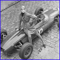 #Fashion #Vintage #Cars... I worked on an autobiography on vintage race cars years ago this looks like one of them
