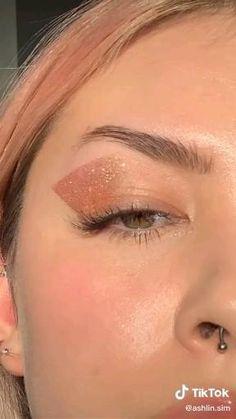 Doll Eye Makeup, Cute Eye Makeup, Edgy Makeup, Eye Makeup Art, Eyeliner Makeup, Crazy Makeup, Pretty Makeup, Skin Makeup, Smoky Eye Makeup Tutorial