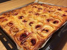 Ideas Breakfast Recipes French Toast Strawberry Cheesecake For 2019 Oatmeal Bars Healthy, Oatmeal Breakfast Bars, Breakfast Bake, Dutch Recipes, Baking Recipes, Apple Recipes, Beignets, Baked Breakfast Recipes, Strawberry Cheesecake