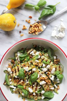 Gegrilde courgette met geitenkaas / grilled zucchini with goat cheese