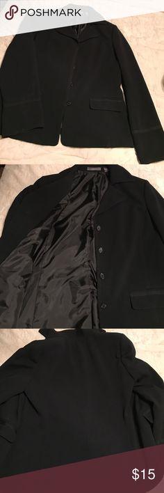 Liz Claiborne In excellent condition has no signs of wear size 12 black in color Liz Claiborne Jackets & Coats Blazers