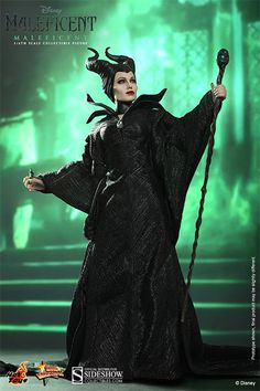 Well, well... seems you have found the next #SideshowSpooktacular giveaway! How do you play? PIN IT TO WIN IT! Re-pin this pic of the Hot Toys Maleficent Sixth Scale Figure. You have until 12:01am on 10/27/15.